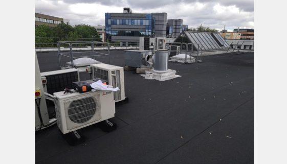 Installation d'une pompe à chaleur Daikin dans des bureaux à Créteil (94000)