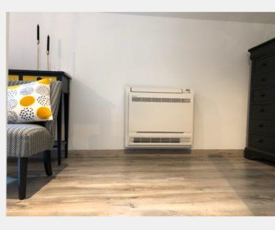 Installation d'une pompe à chaleur air-air et console à Villecresne