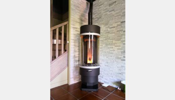 Installation d'un poêle à granulés Thermorossi Bellavista R Silent à Ris-Roangis 91130 - 1